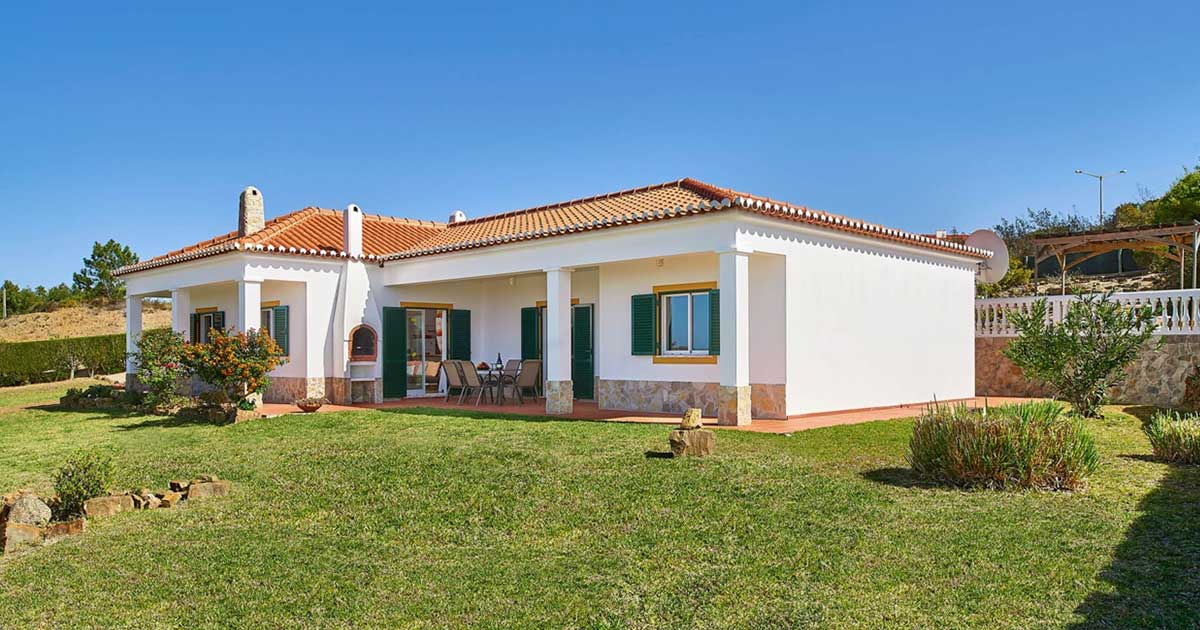 house sitting service in Lagos, Portimão, Silves and Albufeira